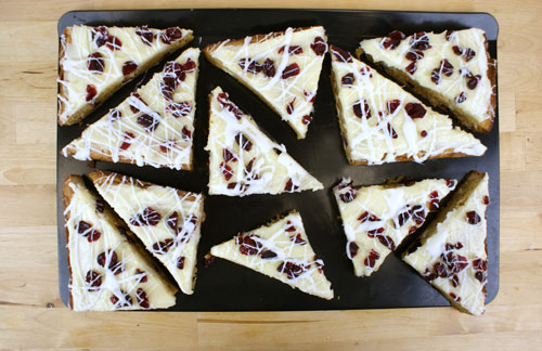Cranberry Orange Bliss Bars @candiquik