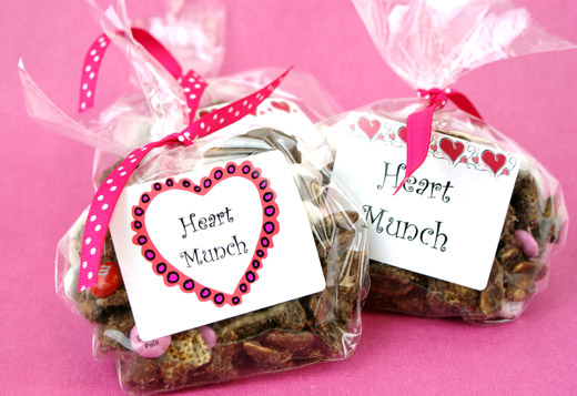 Heart Munch Snack Mix