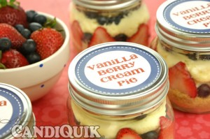 Personal Vanilla Berry Cream Pie (in mason jars!) from Miss CandiQuik