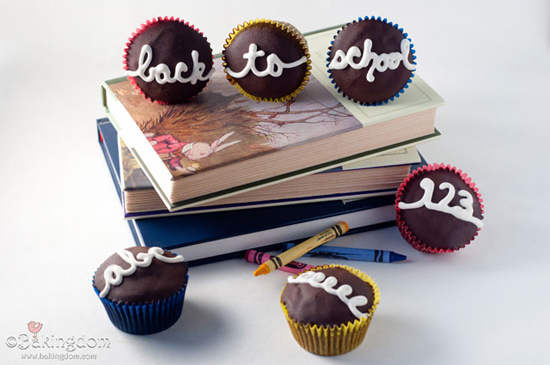 "Back to School ""Hostess"" Cupcakes"