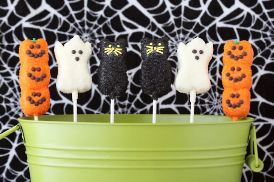 Chocolate Covered Peeps Pops