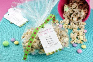 Bunny Bait Snack Mix (with printable tag!)