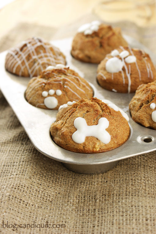 Apple Crunch Pupcakes! A simple dog treat recipe by @candiquik