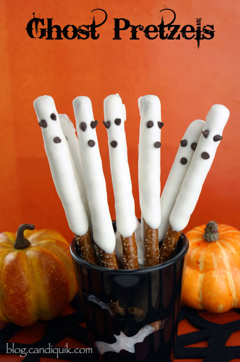 Easy Chocolate Ghost Pretzels! Perfect for Halloween | @candiquik