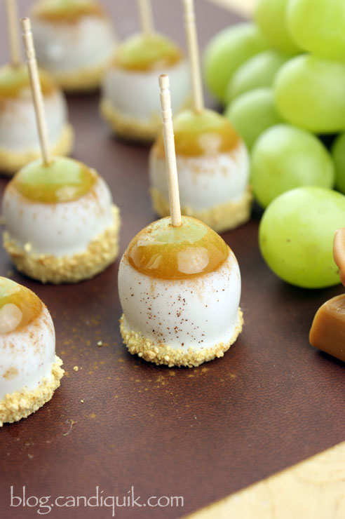 Caramel Apple Pie Grape Poppers - By Miss CandiQuik. These are amazing & addictive!