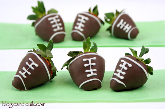 Chocolate Covered Strawberry Footballs - blog.candiquik.com