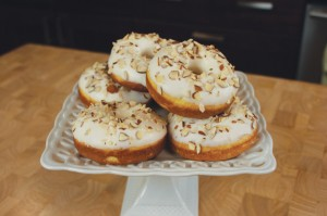 Lemon Almond Donuts. 7 easy ingredients, you'll never want a store-bought dozen again!
